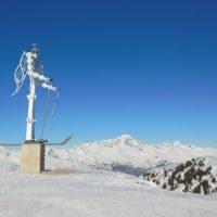 Admirez la sculpture en haut du télésiège de l'Arpette avec une superbe vue sur le Mont Blanc